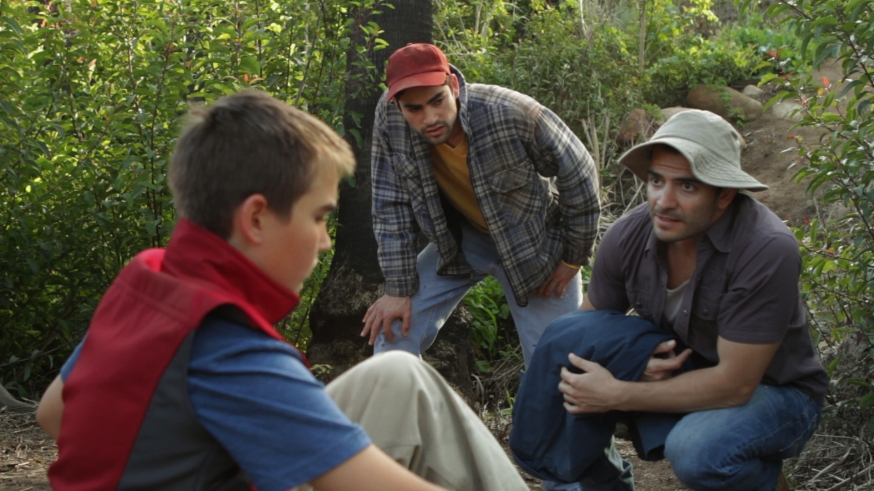 Jonah Gercke, Gil Henkel and Hugo Medina in El Abuelo